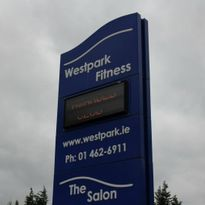 DATA DISPLAY SIGNAGE